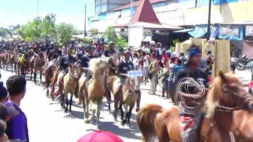 Parade 1001 Kuda Sandalwood