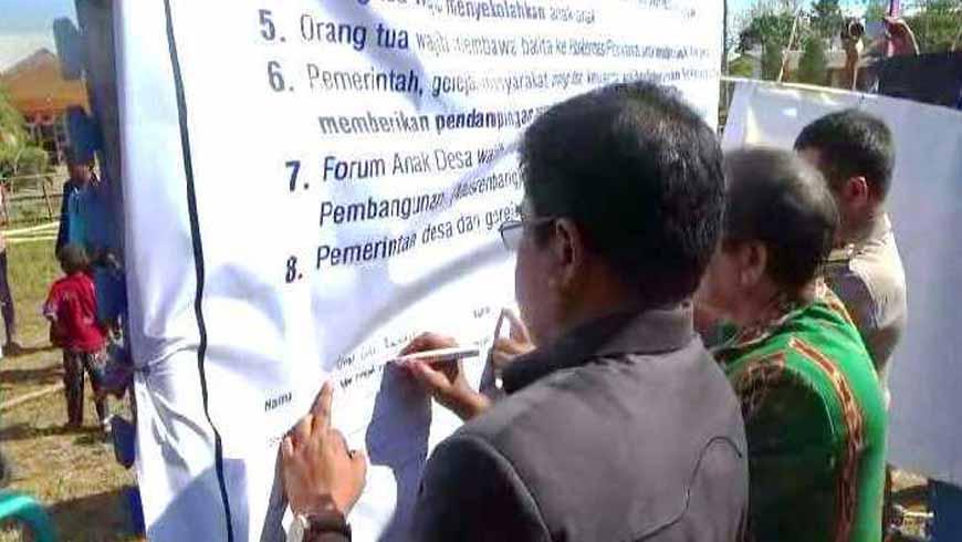 Tanda tangan petisi