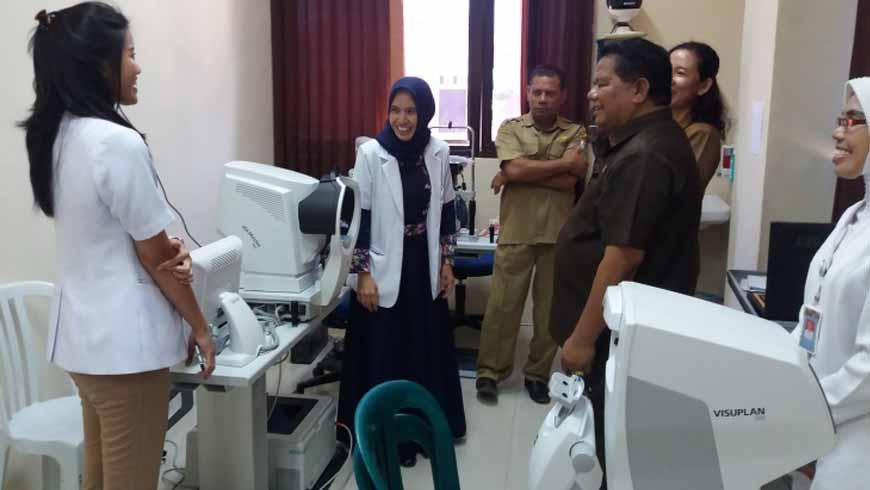 Kunjungan Bupati Gidion Ke Rumah Sakit Umum Daerah Umbu Rara Meha