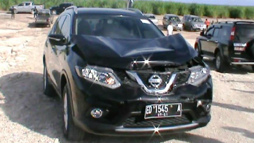Mobil Kecelakaan Saat Kunjungan Eko Putro Sandjoj