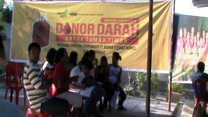 Masyarakat Melakukan Donor Darah